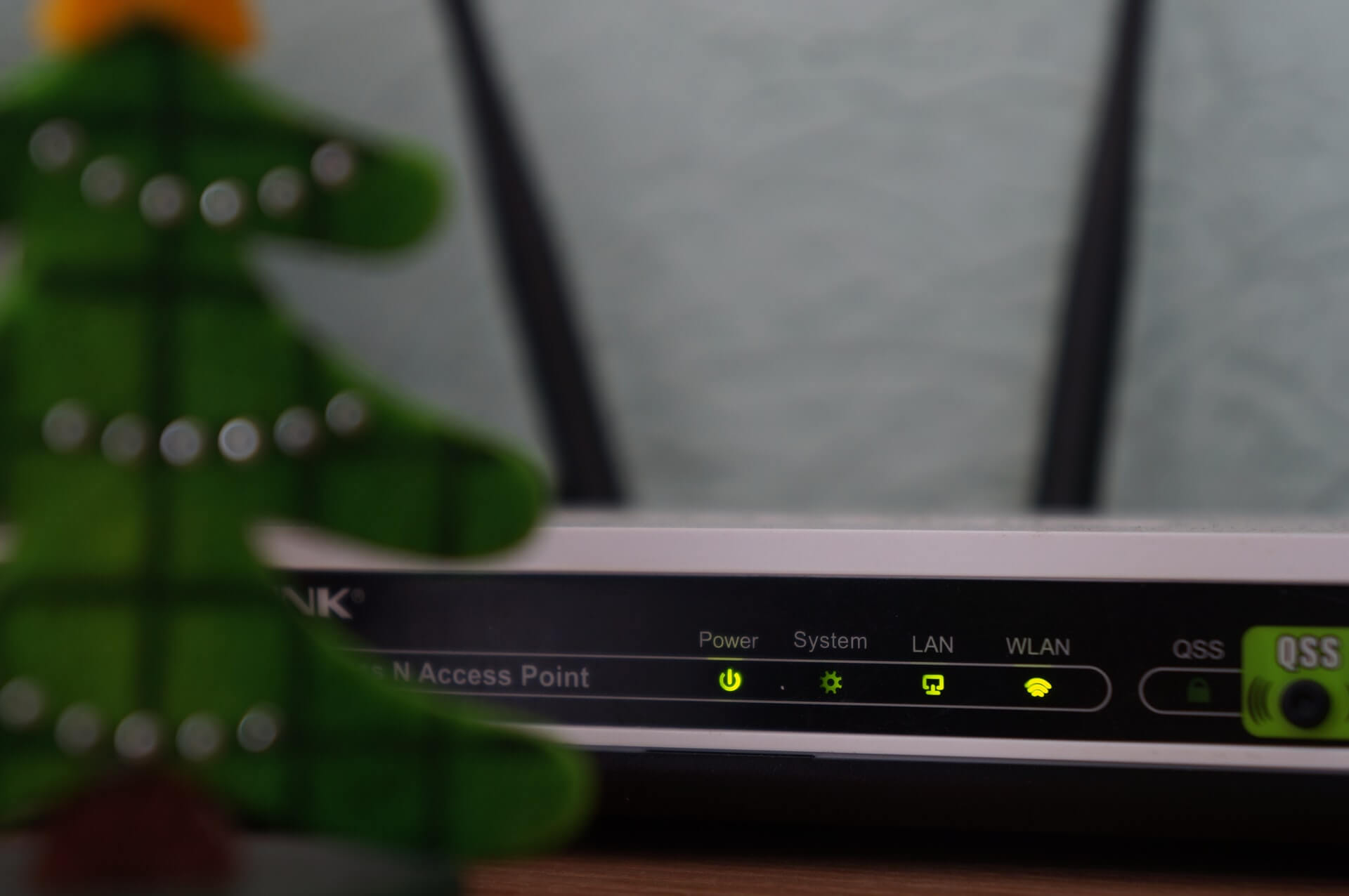6 Best Mesh Wi-Fi Routers in 2021